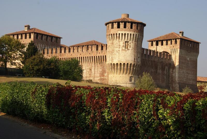 Rocca di soncino lombardia soncino - Finestre castelli medievali ...