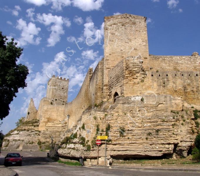 Letto A Castello Lombardia.Castello Di Lombardia A Enna Sicilia Enna