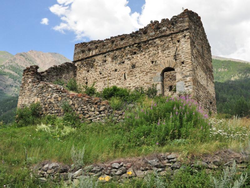 Castelli e torri medievali in valle d 39 aosta - Finestre castelli medievali ...
